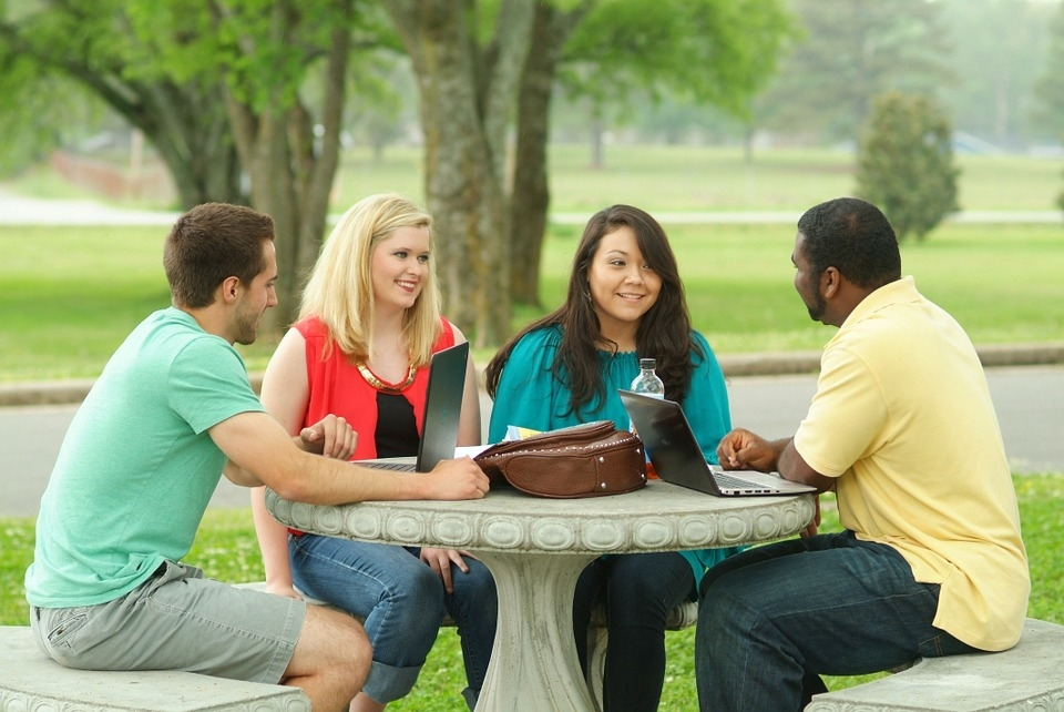 Grupos de Estudio MasterD