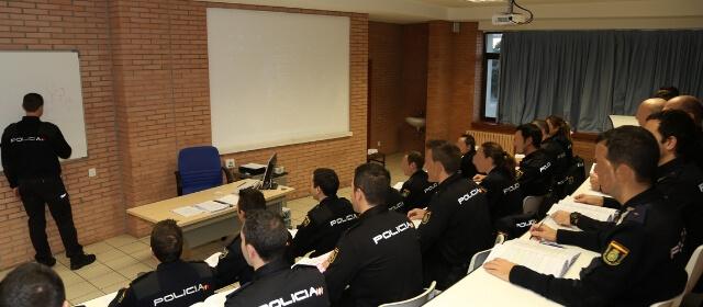 Cómo es la academia de Ávila