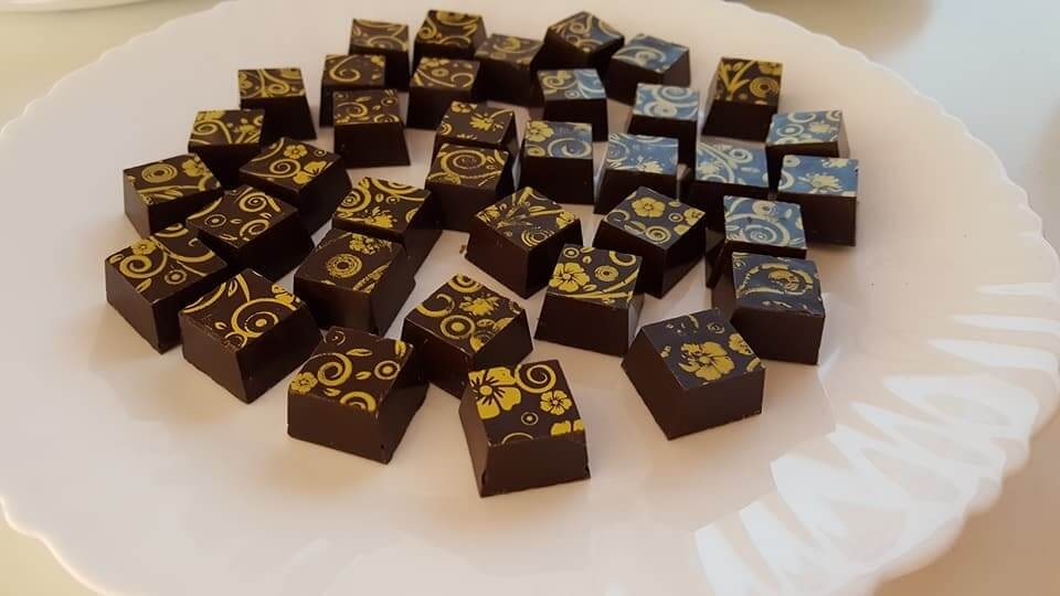 Receta bombones de chocolate y azafrán