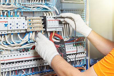 Trabajar como instalador electricista