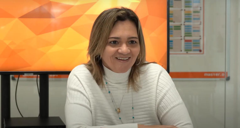 Luciana Gomes, Curso de Assistente Dentária na Master D