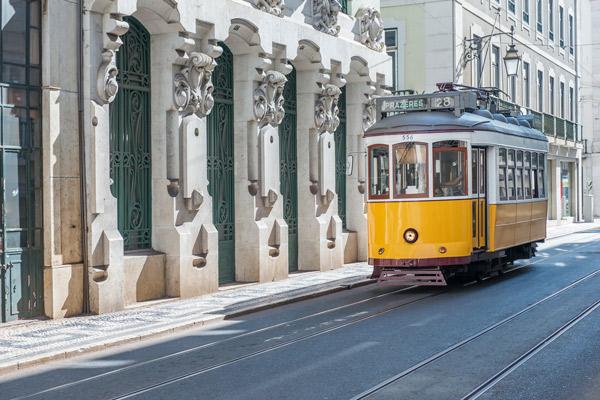 Electrico de turismo 28 em Lisboa