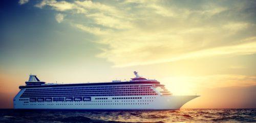 Cruzeiro a navegar