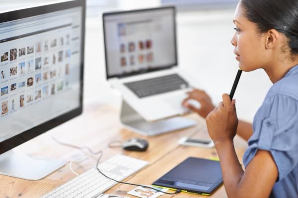 O curso de multimédia Master d tem como objectivos dotar os formandos de competências técnicas relativas a ferramentas de edição e desenvolvimento de projectos