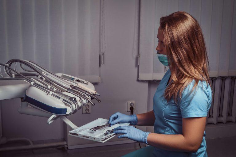 Assistente Dentaria